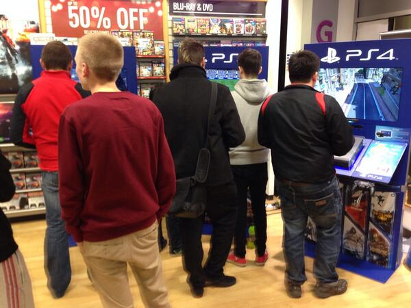 GAME Store Event Gallery - PlayStation 4 Lock In Events