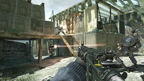 Close quarters combat in new Face Off map Lookout in the MW3 Collection 2