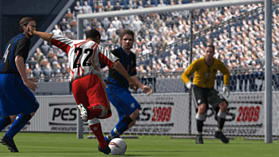 Pro Evolution Soccer 2009 screen shot 3