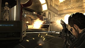 Deus Ex: Human Revolution screen shot 6