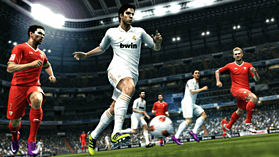 Pro Evolution Soccer 2013 screen shot 5