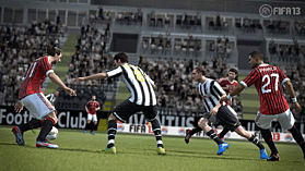 FIFA 13 (Kinect Compatible) screen shot 4