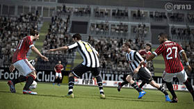 FIFA 13 Ultimate Edition (Kinect Compatible) screen shot 8