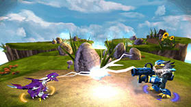 Skylanders Giants Starter Pack - Exclusive Glow in the Dark Edition screen shot 3