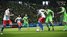 FIFA 14 (includes 4 Gold FIFA Ultimate Team packs) screen shot 2