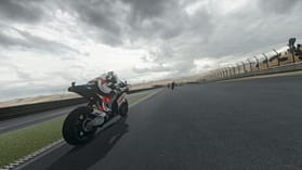 Moto GP 14 screen shot 3