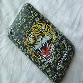 Black Tiger Ed Hardy Textured hard case to fit iPhone 3 3g 3gs Mobile phones