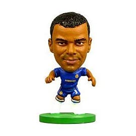 Soccerstarz - Chelsea Ashley Cole - Home Kit Figurines and Sets