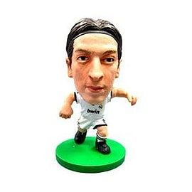 Soccerstarz - Real Madrid Mesut Ozil - Home Kit Figurines and Sets