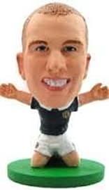 Soccerstarz - Scotland Kenny Miller - Home Kit Figurines and Sets