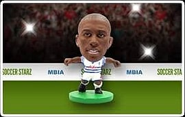 Soccerstarz - Qpr Stephane Mbia - Home Kit Figurines and Sets