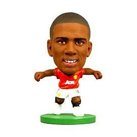 Soccerstarz - Man Utd Ashley Young - Home Kit Figurines and Sets