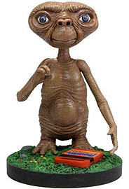 E. T. The Extra-Terrestrial Extreme Headknocker Figurines and Sets