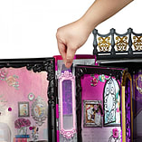 Ever After High Thronecoming Book Playset screen shot 2