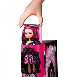 Ever After High Thronecoming Book Playset screen shot 4