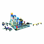 Kre-O CityVille Invasion Police Station Zombie Defense Set screen shot 1