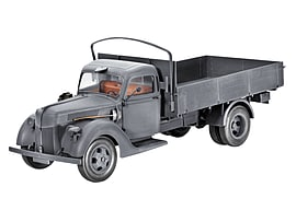 German Truck V3000S 1941 1:35 Scale Model Kit Figurines and Sets