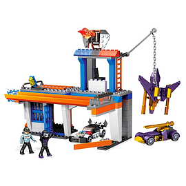 Mega Bloks Hot Wheels Break-Out Station Building Set Blocks and Bricks