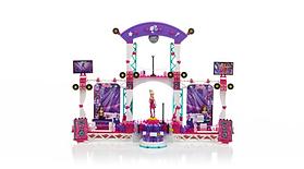 Mega Bloks Barbie Build n Play Super Star Stage screen shot 2