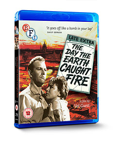 The Day The Earth Caught Fire (Blu-Ray) (C-12) Blu-ray