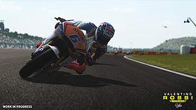 MotoGP16: Valentino Rossi screen shot 9