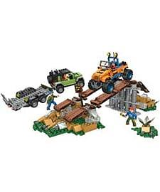Mega Bloks Jeep Off Road Adventure. Blocks and Bricks