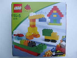 Lego Duplo Basic bricks deluxe, 6176 box set, 80 lego duplo pieces - NEW Blocks and Bricks