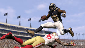 Madden NFL 17 screen shot 7