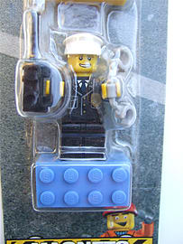 Lego City, heroes magnet set (fireman, policeman, construction worker) - 852513 Blocks and Bricks