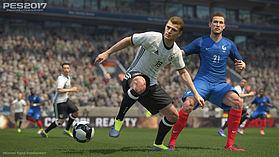 Pro Evolution Soccer 2017 screen shot 8