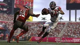 Madden NFL 17 screen shot 3
