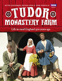 Tudor Monastery Farm: Life in rural England 500 years ago (Hardcover)Books