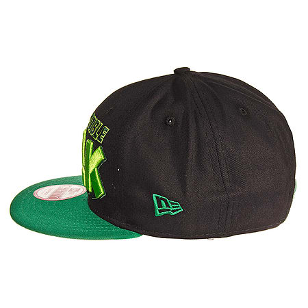 385a391300626 Black   Green New Era Marvel Incredible Hulk 9FIFTY Superhero Snapback Hat  Cap