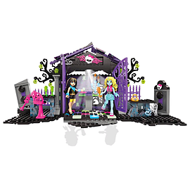 Mega Bloks Monster High Graveyard Garden Party Building SetBlocks and Bricks