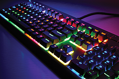 Corsair STRAFE RGB MX SILENT Mechanical Gaming Keyboard screen shot 2